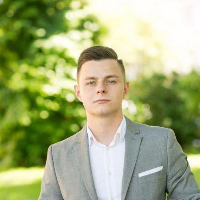 Юрист Іваха Олег Іванович