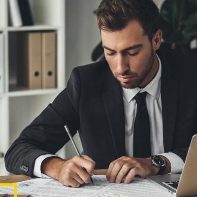 Юрист Бобров Александр