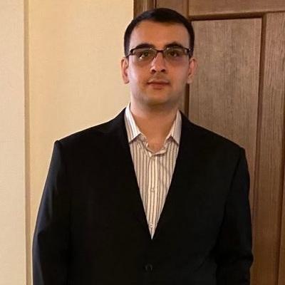 Юрист Суренян Артур Арсенович