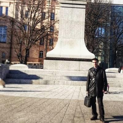 Юрист Царьов Роман  Валерійович